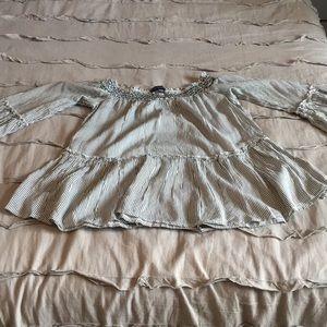 American Eagle croptop long sleeve shirt